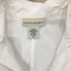 Banana Republic Tops - BANANA REPUBLIC Peasant Blouse